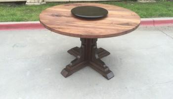 Round Pedestal - BW - 5